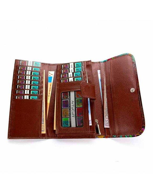 Billeteras y monederos de mujer en piel color marrón